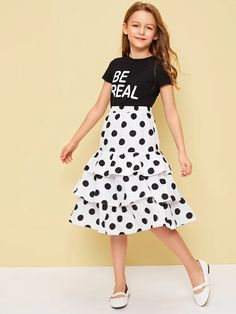 To find out about the Girls Slogan Tee & Layered Ruffle Hem Polka Dot Skirt Set at SHEIN, part of our latest Girls Two-piece Outfits ready to shop online today! Dresses Kids Girl, Kids Outfits Girls, Cute Girl Outfits, Cute Casual Outfits, Kids Girls, Girls Fashion Clothes, Tween Fashion, Little Girl Fashion, Teen Fashion Outfits