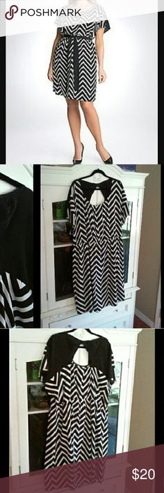"""LANE BRYANT Chevron Dress Lane Bryant black & white chevron dress. About 41"""". Belt not included. Wears great with leggings or tights.  100% polyester   Bundle 2 or more items from my closet & save 15%!!! Lane Bryant Dresses Midi"""