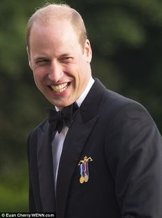 Royal Family Around the World: Prince Charles, Prince of Wales and Prince William, Duke of Cambridge have made a rare appearance together for a night of pomp and pageantry at the Royal Edinburgh Military Tattoo, on August 2017 Duke William, Prince William And Catherine, William Kate, Prince Charles, Edinburgh Military Tattoo, Royal Diary, Prince George Alexander Louis, Isabel Ii, Duke Of Cambridge