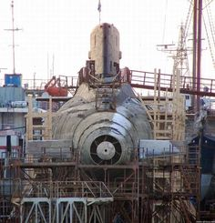 Russian Navy B-871 Alrosa is the only Kilo-class sub that uses a pump jet propulsion system instead of a conventional propeller.