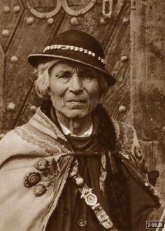 Folk Costume, Costumes, Polish Folk Art, My Heritage, Design Development, Traditional Outfits, Alter, Old Photos, Ireland