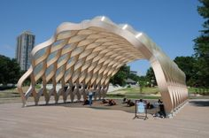 Curvaceous Wooden Arch Pavillon in Lincoln Park in Chicago by Studio Gangs architects