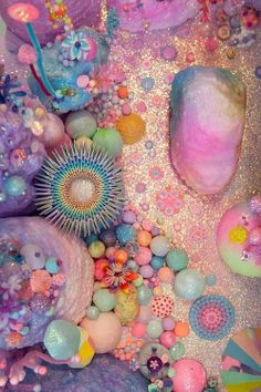 pastel and neon coral Instalation Art, Belle Photo, Pastel Colors, Muted Colors, Kitsch, Color Inspiration, Sea Shells, Iphone Wallpaper, Pink