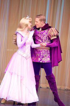 Alice Cosplay, Disney Cosplay, Disney Costumes, Halloween Costumes, Sleeping Beauty Characters, Disney Face Characters, Disney Sleeping Beauty, Disney Land, Disney Parks