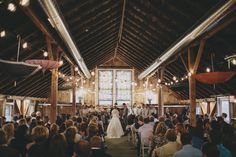 The Barn at Harvest Moon Pond Wedding  - http://www.barnharvestmoon.com/  (Photo by Ray + Kelly)