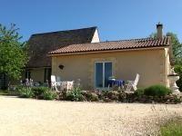 Les Mille Etoiles, Les Eyzies, Dordogne, France. Op nog geen 300 m van de sfeervolle vakantieboerderij Fontvialane.