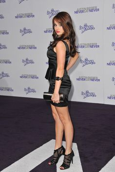 Debby Ryan - Sexy Photos and Pictures Gallery 1 Debbie Ryan, Justin Bieber, Nickelodeon Girls, Prettiest Actresses, Sexy Hot Girls, Woman Crush, American Actress, Role Models, Mini Skirts