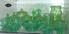 Depression glass and 1940s, 50s, 60s glass patterns identification guide. Good site to help identify your glass.