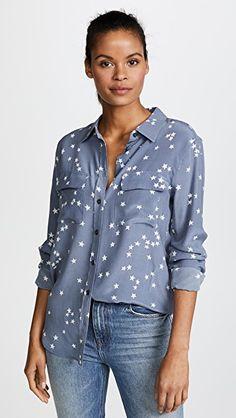 Узкая фирменная блуза