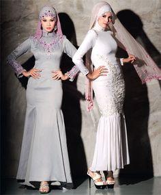 Ungkapkan bahasa indah tatkala menyarungkan busana rekaan eksklusif ini yang sesuai dengan gaya dan jiwamu si gadis muslimah.