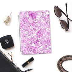 butterflies in purple - Funda con fotos, #purple #white  #butterflies #flowers  #ipad  #case  #casetify  #spring