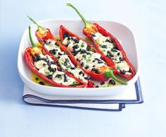 Lunch Time, Dinner Tonight, Mozzarella, Vegetable Pizza, Zucchini, Healthy Recipes, Healthy Food, Stuffed Peppers, Baking