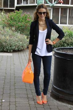 Not because of the orange shoes (I really don't wear heels to work), but I like the more casual blazer here. All of my blazers are much more traditional and less casual. Work Fashion, Fashion Looks, Fashion Tips, Style Fashion, Petite Fashion, Grunge Fashion, Fashion 2018, French Fashion, Fashion Women