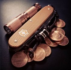 This copper #EDC has us feeling all the feels. #SwissArmyKnife #Copper…