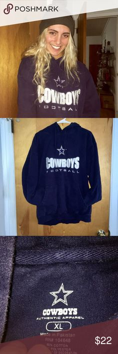 Cowboys sweatshirt! 💕 Dallas Cowboys sweatshirt! Very good condition, super cute on! Warm! Hoodie! Dallas Cowboys Tops Sweatshirts & Hoodies