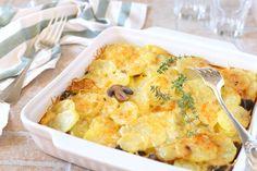 Gombás tepsis krumpli sok sajttal és tejszínnel: olcsó és különleges köret Cauliflower, Macaroni And Cheese, Vegetables, Cooking, Ethnic Recipes, Food, Kitchen, Mac And Cheese, Cauliflowers