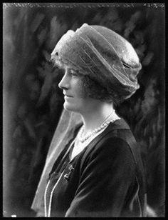 Caroline O Connor Glass Essex