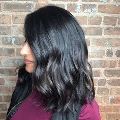 Chopped off inches for a fresh new look for the season 💇♀️and darkened her old balayage. New Look, Salons, Glen Ellyn, Hair Cuts, Spa, Long Hair Styles, Photo And Video, Brunettes, Fresh