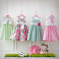 kleid Baby Girl Dressess Cleaning service in your area Take advantage of one of today's many cleanin Little Dresses, Little Girl Dresses, Girls Dresses, Newborn Outfits, Kids Outfits, Newborn Clothing, Lila Baby, Clothing Displays, Girl Dress Patterns
