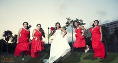 #bridal jump!! #bridesmaid #damasdehonor #bodasalmeria #almeriabodas #almeria #bodas #wedding #fotografia #photography