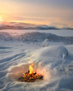 Kilpisjärvi Lapland Finland Hiking 🌸❄️✨SNOWY & ROMANTIC 🌸✨❄️ My Lapland 🌸✨❄️ Silly but I never go on dates indoors. Hmmm to think of it Ive always found the outdoors most… Lapland Finland, Dates, Hiking, Outdoors, Indoor, Romantic, Mountains, Nature, Travel