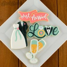 Decorated Wedding / Bride& Groom / Love /Just Married cookies by Semi Sweet Designs | Free detailed tutorial (with video) on the Wedding Love cookie!