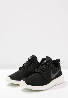 super popular d8e1a 94f16 Nike Sportswear ROSHE TWO - Tenisówki i Trampki - black anthracite sail volt