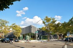 Gallery of Kew Gardens Hills Library / WORKac - 25