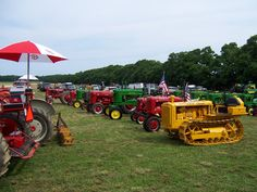 L.I. Antique Power Association! we saw a parade of Tractors near Southold, NY!