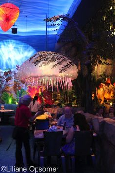 The T-Rex restaurant at Disney Springs is a perfect place for dining with kids. The decor is really fun, and children will love watching life-size animatronic dinosaurs in action throughout the meal.