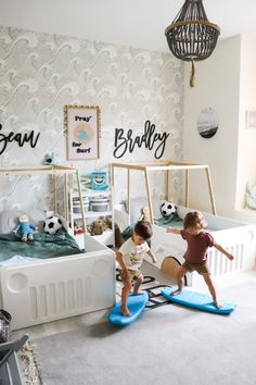 Boy Toddler Bedroom, Modern Kids Bedroom, Big Boy Bedrooms, Toddler Rooms, Baby Boy Rooms, Boys Bedroom Themes, Boy Girl Bedroom, Bedroom Ideas, Surfer Room