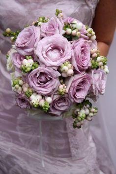 Bouquet per abito di pizzo rotondo