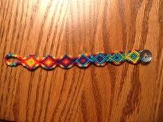 Added by ponygal Friendship bracelet pattern 8489 #friendship #bracelet #wristband #craft #handmade #diamonds #rainbow