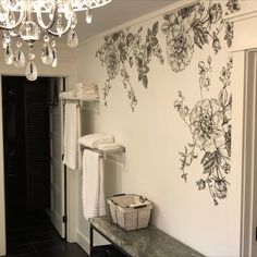 We love this classy bathroom. The black and white floral decals add a perfect dose of romance to the space for an overall graceful space. Bathroom Wall Decals, Bathroom Kids, Kids Bath, White Rooms, White Walls, Vintage Apartment, Salon Interior Design, Removable Wall Decals, White Peonies