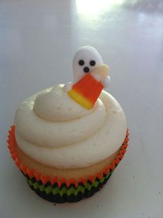 Halloween on pinterest fantasy makeup halloween for How to make halloween cupcakes from scratch