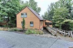 This one-of-kind home in Lemoyne is nestled in the woods, yet walkable to Negley Park and West Shore Farmers Market, and a 5-minute commute to Harrisburg! There's a 2-story great room and wood floors. Fabulous view from wraparound deck and screened porch. http://www.rsrrealtors.com/news/774/convenient-and-nestled-in-the-woods-lemoyne #newlisting #realestate #lemoyne