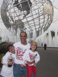 The world's largest globe - the Unisphere in Flushing Meadows-Corona Park NY - http://gobigorgohomeblog.com/1886