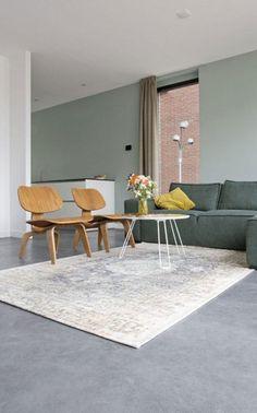 Découvrez nos astuces pour adopter le béton ciré chez soi. #sol #béton #ciré #déco #intérieur #home #design #contemporain #salon #vert