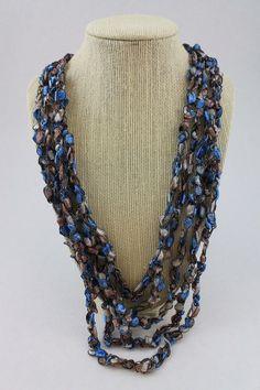 trellis-ladder-yarn-necklace-crochet