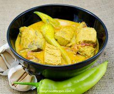 Sri Lankan Fish Curry (Malu Hodhi)