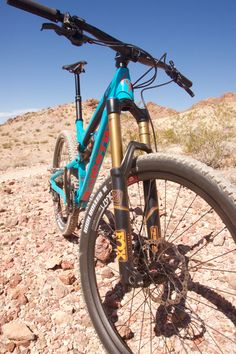 The Patrol 671 is a smartly spec'd alloy bike with 27.5″ wheels, a 160mm Fox 36 fork, and  a Fox Float DPS EVOL shock