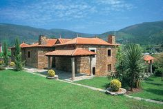 Villas in Portugal: O Vergel, Argela Caminha, Costa Verde and Minho, Sleeps 8 - http://www.vintagetravel.co.uk/villas-in-portugal