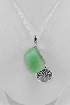 Green Aventurine Tree of Life Necklace . Tree of Lfe Green Aventurine . Heart…