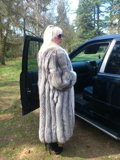 Silver Fox Fur Coat Full Length with Polar Fox Fur not Mink Chinchilla Size L XL | eBay