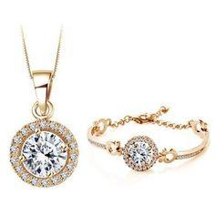 Queen's Classy Necklace & Bracelet