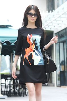 Black Shift Dress With Deer Print |