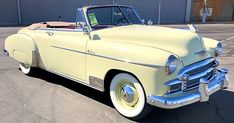 1950 Chevrolet Deluxe Styleline Convertible - My list of the best classic cars 1955 Chevrolet, Chevrolet Bel Air, Chevrolet Chevelle, Chevy Classic, Best Classic Cars, Camaro Rs, Convertible, Volvo Xc60, Ford Thunderbird