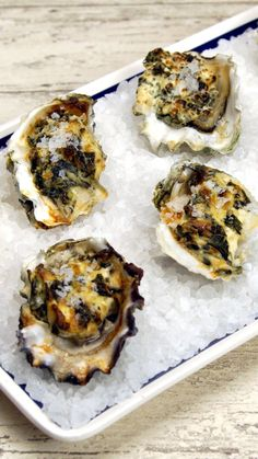 If you love oysters, this creamy, garlicky deliciousness is for you.