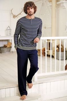 Marlon Teixeira is front and center once more as he takes a casual style note. After hitting the beach with Next this past summer, Marlon reunites with the… Mens Night Suit, Mens Sleepwear, Mens Pyjamas, Mens Pjs, Marlon Teixeira, Cool Hairstyles For Men, Barefoot Men, Peignoir, Latest Mens Fashion