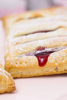 Kirsch-Vanille-Taschen #kirschen #kirschkuchen #ichbacksmir